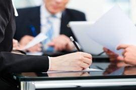 licență de broker de securities și operator bancar
