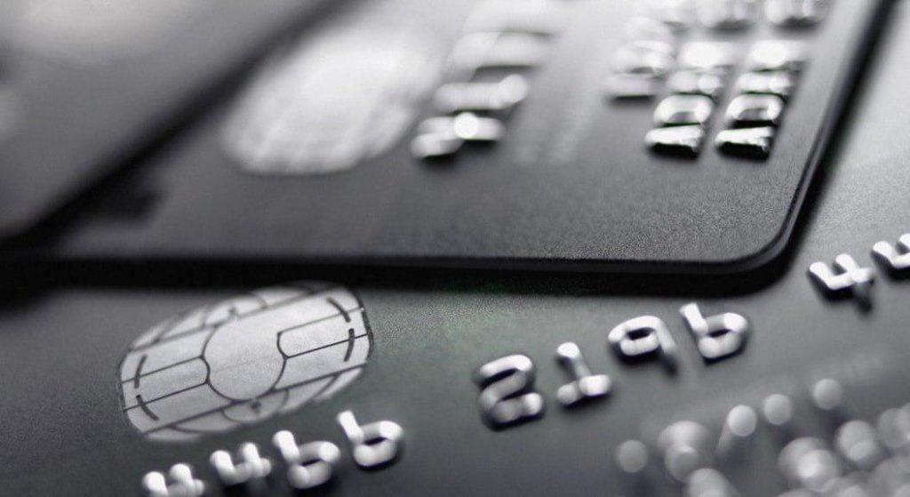 Compania Revolut lanseaza card