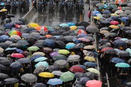 Protestatarii din Hong Kong